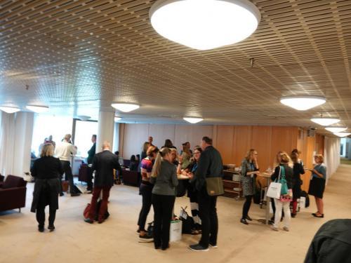 1st day, Foyer